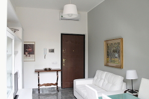 Two Room flat - 21, Via Palmieri