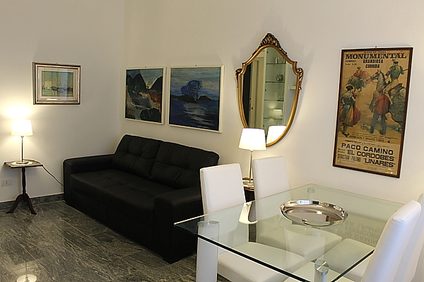 Two room flat for rent- 39, Via Medeghino, Milan
